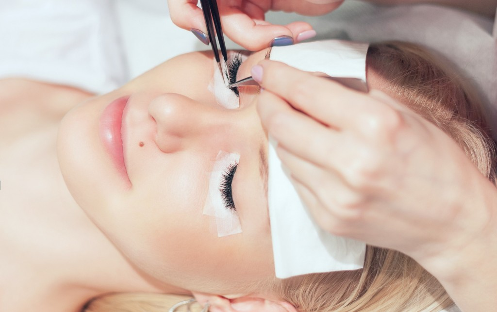 Lash extensions step by step