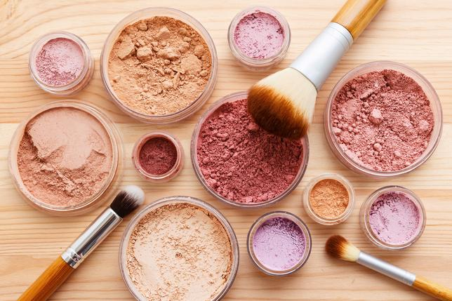 mineral-beauty-products-skin-benefits.jpg